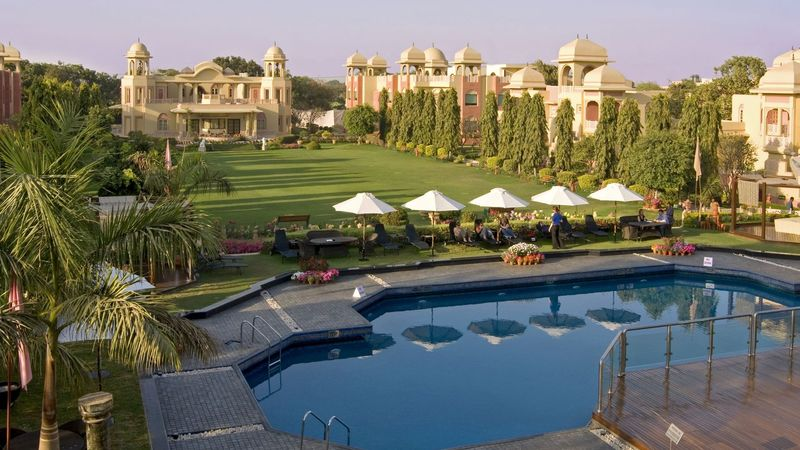 Romantic getaways near Delhi